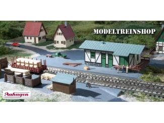 Auhagen N 14451 Goederenloods met Laadperron - Modeltreinshop