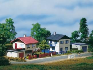 Auhagen N 14462 2 Huizen Voorstad - Modeltreinshop