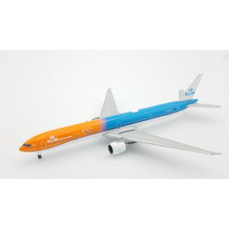 Herpa Boeing 777-300ER KLM Orange Pride 100 jaar (NL) - Modeltreinshop