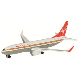 Schuco 3551667 Boeing 737-800 Qantas - Modeltreinshop