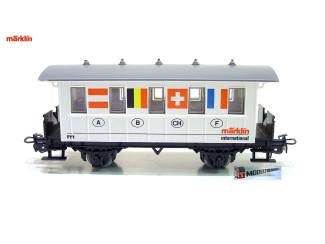 Marklin HO 4107 S5 Reizigersrijtuig International 8 Flaggen Dankeschön 1989 - Modeltreinshop