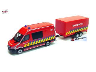 Herpa H0 936996 Mercede Benz Sprinter Brandweer + aanhanger - Modeltreinshop