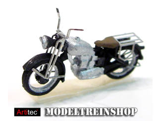 Artitec H0 387.05 Motor Triumph civiel zilver kant en klaar geverfd - Modeltreinshop