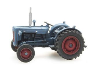 Artitec H0 10.337 Tractor Fordson Dexta bouwpakket uit resin, ongeverfd - Modeltreinshop