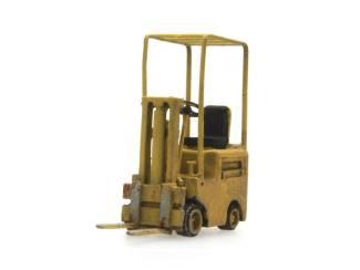 Artitec N 316.048 Heftruck geel kant en klaar resin, geverfd - Modeltreinshop