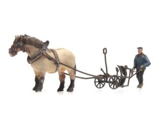 Artitec Z 322.023 Paard en ploeg kant-en-klaar, geverfd - Modeltreinshop