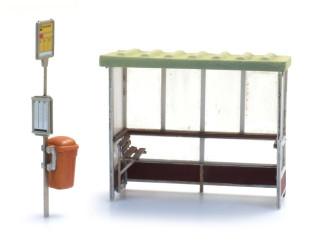 Artitec H0 10.388 bouwpakket Bushokje jaren '70/'80 - heden met haltebord en vuilnisbak - Modeltreinshop
