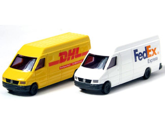 Busch N Mercedes Benz Sprinter DHL en FedEx - Modeltreinshop