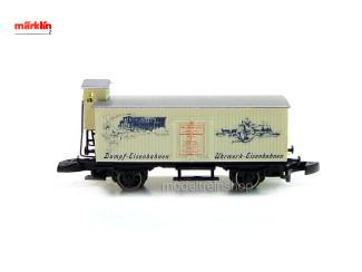 """Marklin Z 80913 Gesloten goederenwagen met remhuisje Dampf-Eisenbahnen"""" und Zug mit Schriftzug """"Uhrwerk-Eisenbahnen"""" - Modeltreinshop"""